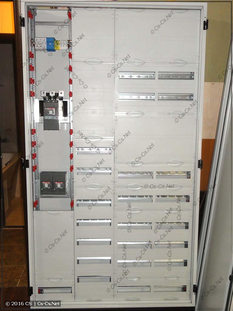 Сборка шкафа для офиса с автоматами TMax XT
