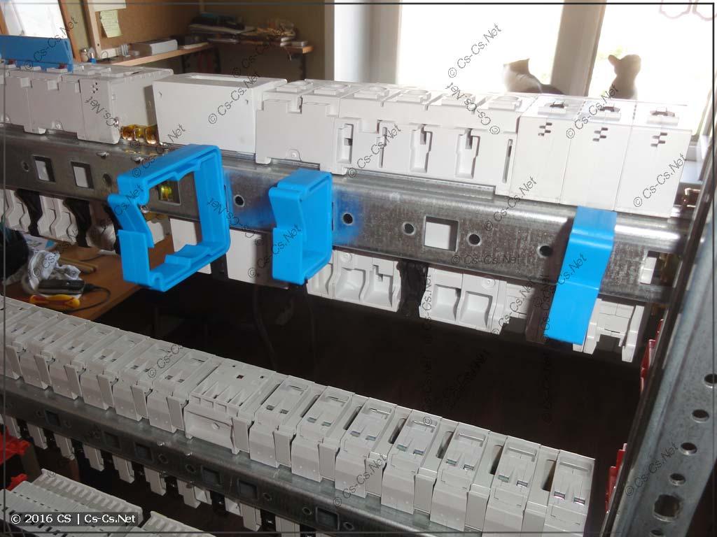 Пример установки держателей проводов ED44P10, ED45P10