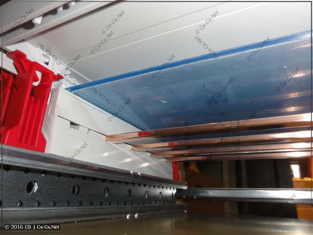 Шинный кросс-модуль полностью готов со всеми крышками