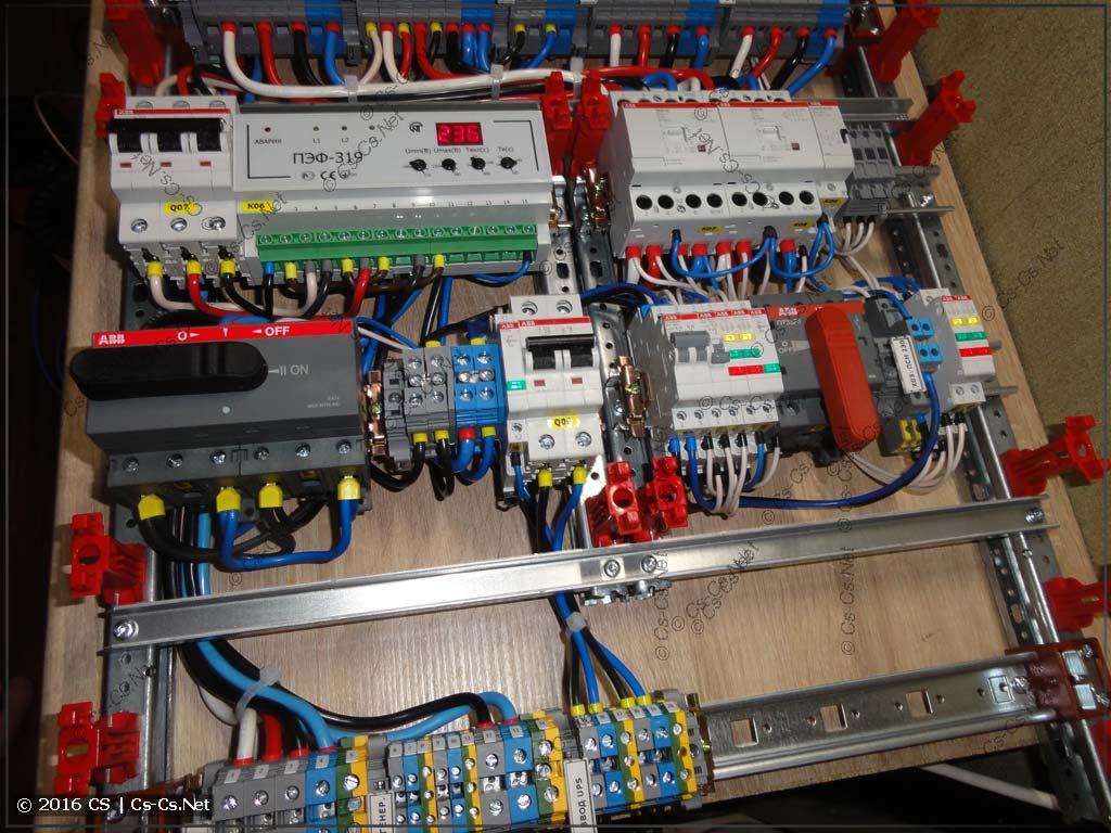 Обвязка переключателя фаз для питания инвертора и контакторов для управления питанием