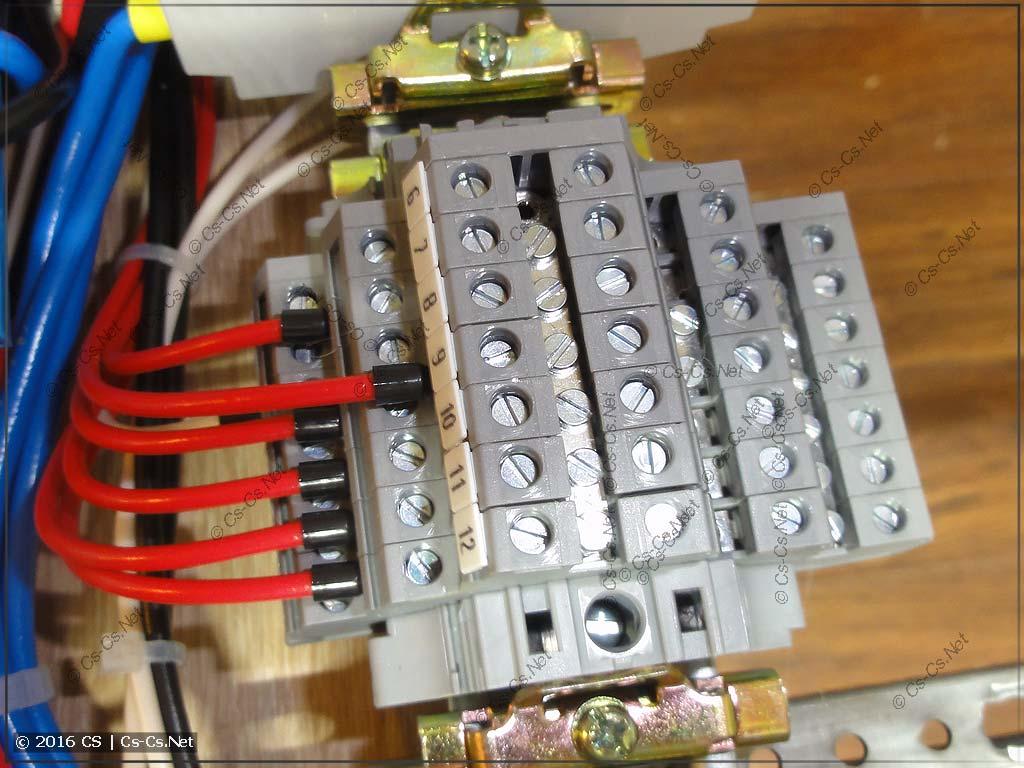 Клеммы D2,5/6.DA для подключения кабелей управления