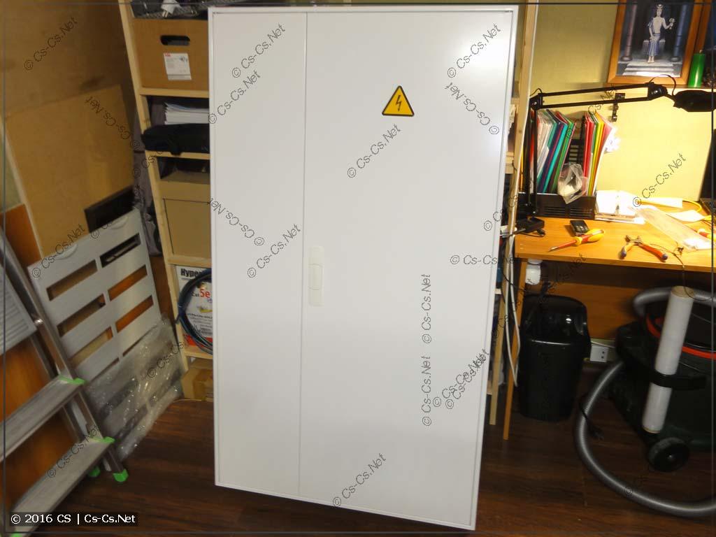 Щит для ТаунХауса в Павшино в корпусе ABB 3/5B (двери закрыты)