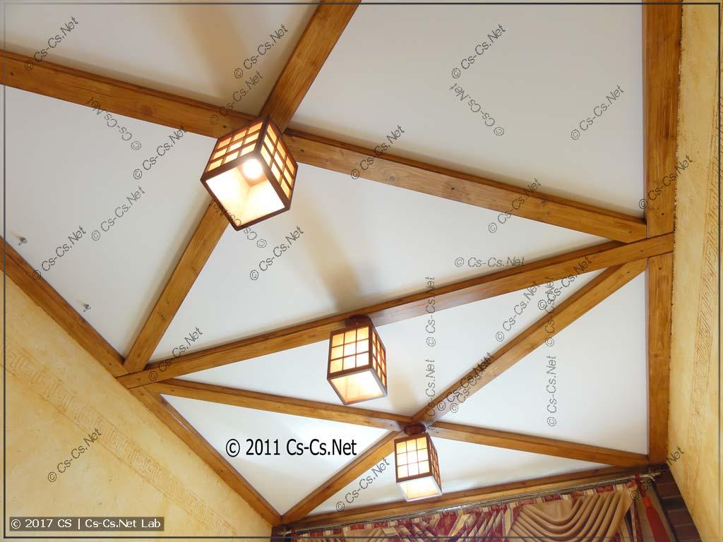 Итог ремонта: потолок под старину