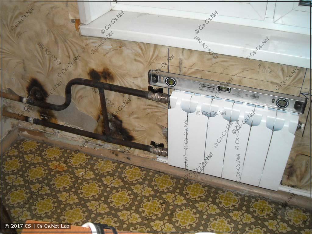 Замена батареи отопления в комнате