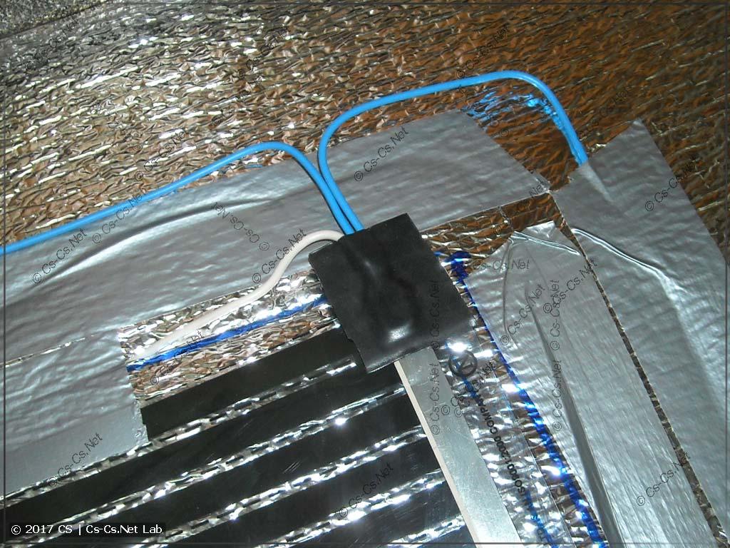 Подключаем все контакты и провода к плёнке