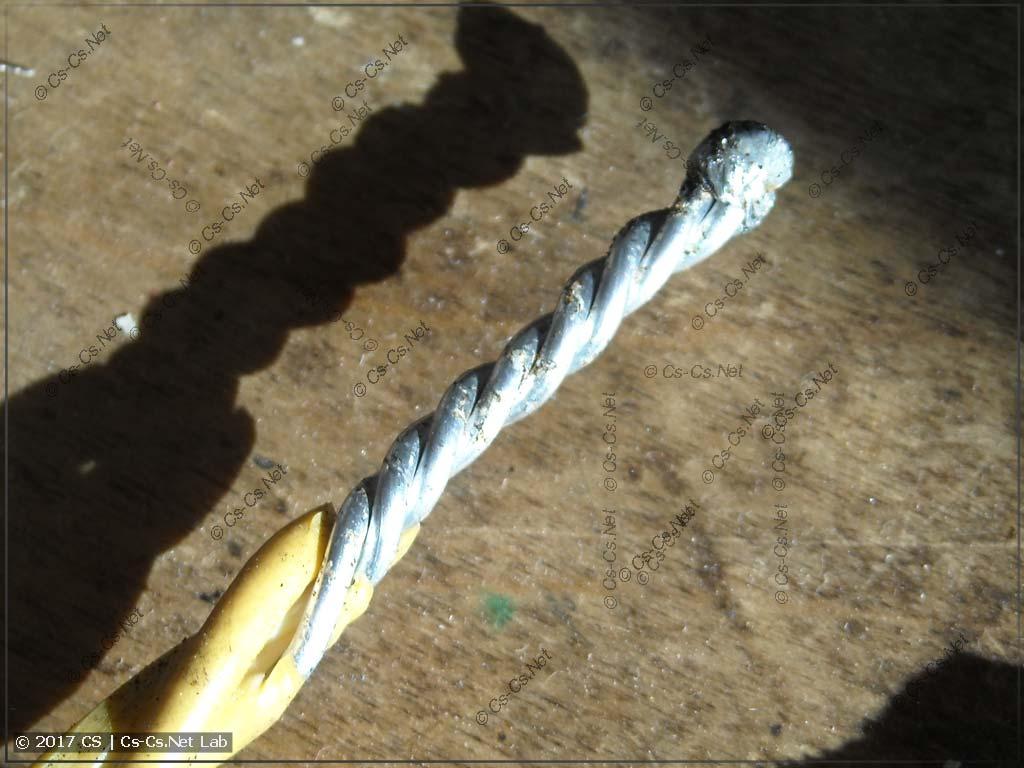 Старая (с 1973 года) сваренная скрутка на алюминии