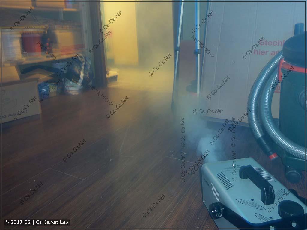 Дымовая установка Involight FM900 в работе