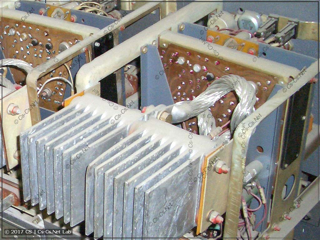 Задняя часть диммерного блока РТ-5-220 от светового комплекта СТАРТ-120