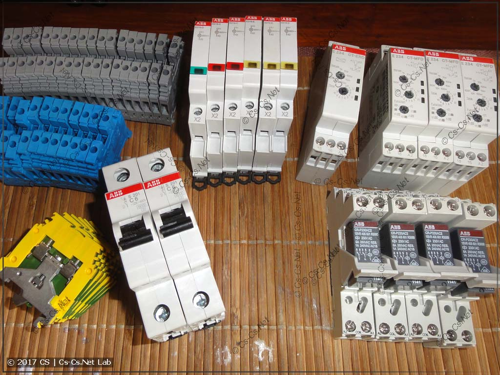 Дискретная автоматика: куча разных компонентов и мало места!