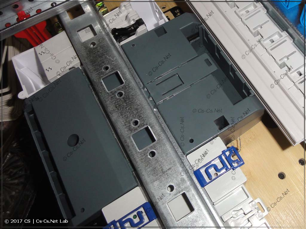 Счётчик меркурий 206 на DIN-рейке с расстоянием 150 мм