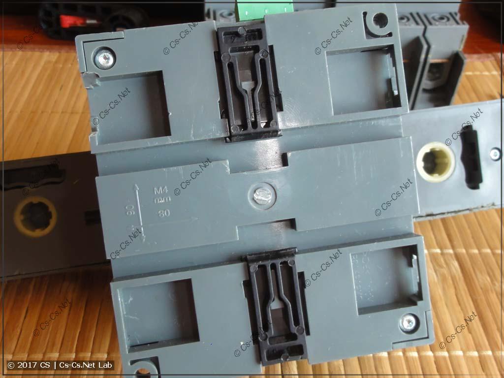 Готовимся открывать блок моторного привода рубильника OTM