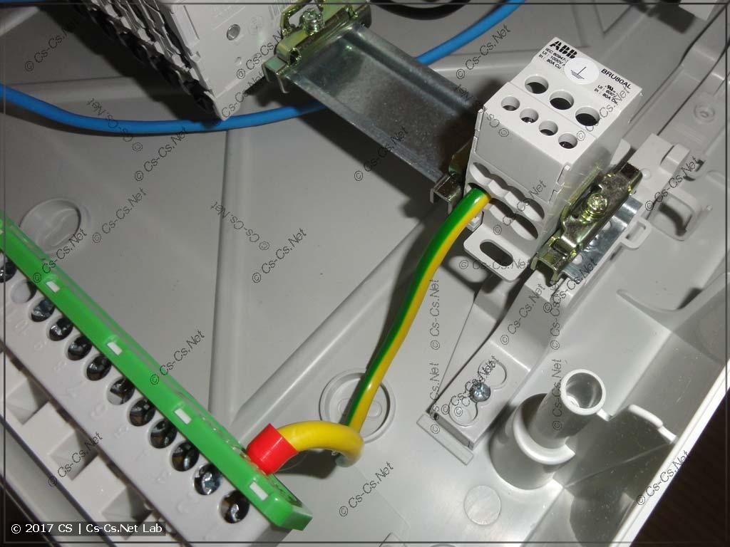Распределительный блок для кабеля PE