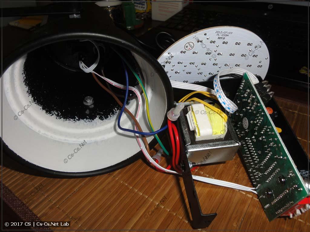 Внутренняя начинка прожектора Involight LED PAR 36
