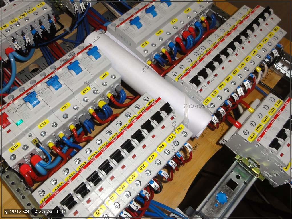 Монтаж щита внутри: с УЗО и автоматов - на клеммы