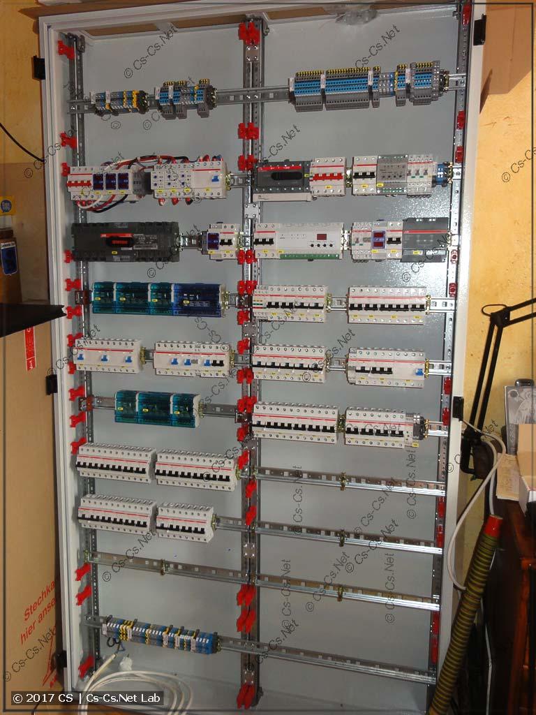 Собрали WR-раму, модули CombiLine и все компоненты в одну кучу