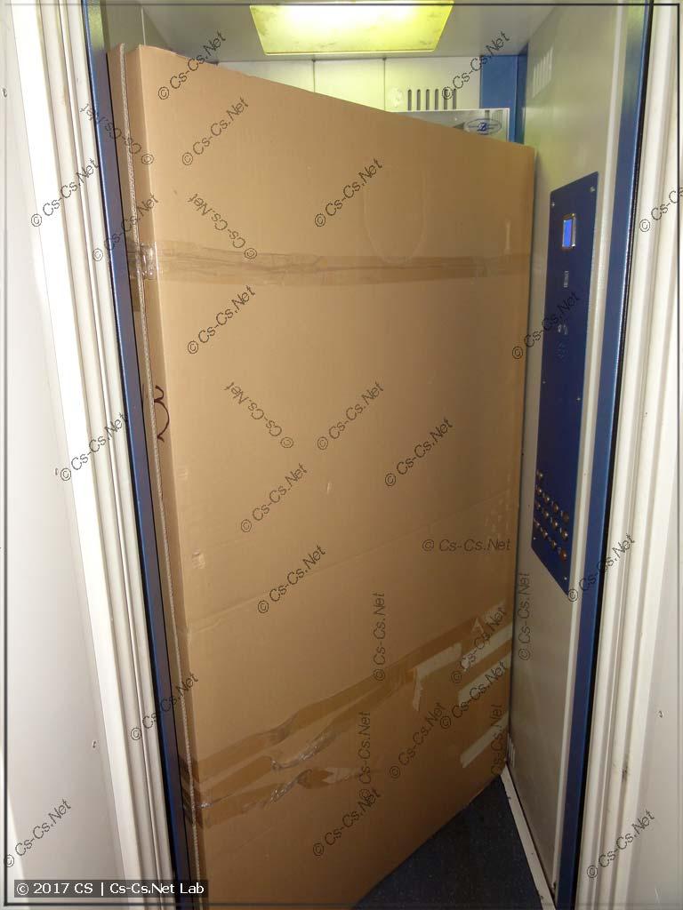 ABB TwinLine 4x12 отлично влезает в обычный лифт! Ура!