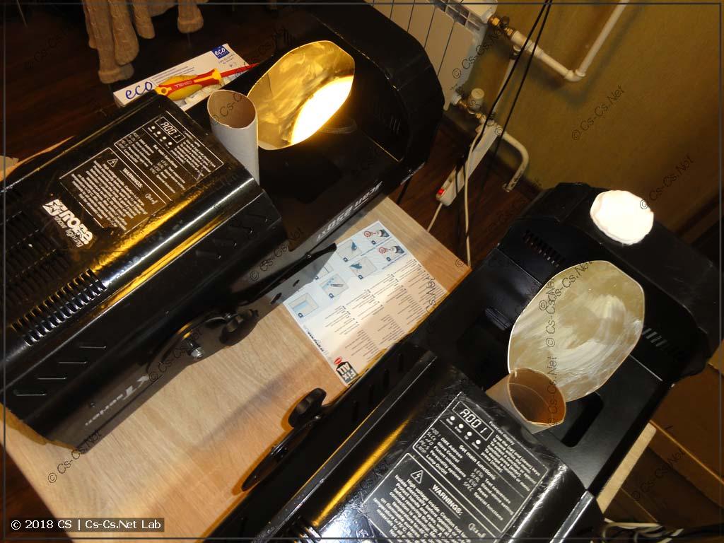 Приклеиваем зеркала и делаем поддержку из трубочек от рулона бумаги