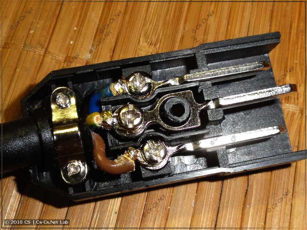 Доработка вилки тестового шнура прибора UT-526 - поставили разъём IEC