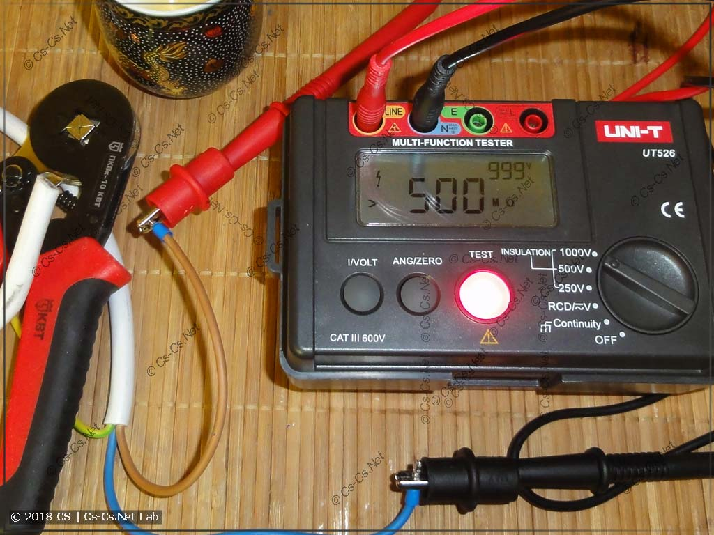 Тестируем сопротивление изоляции кабеля на 1000 В