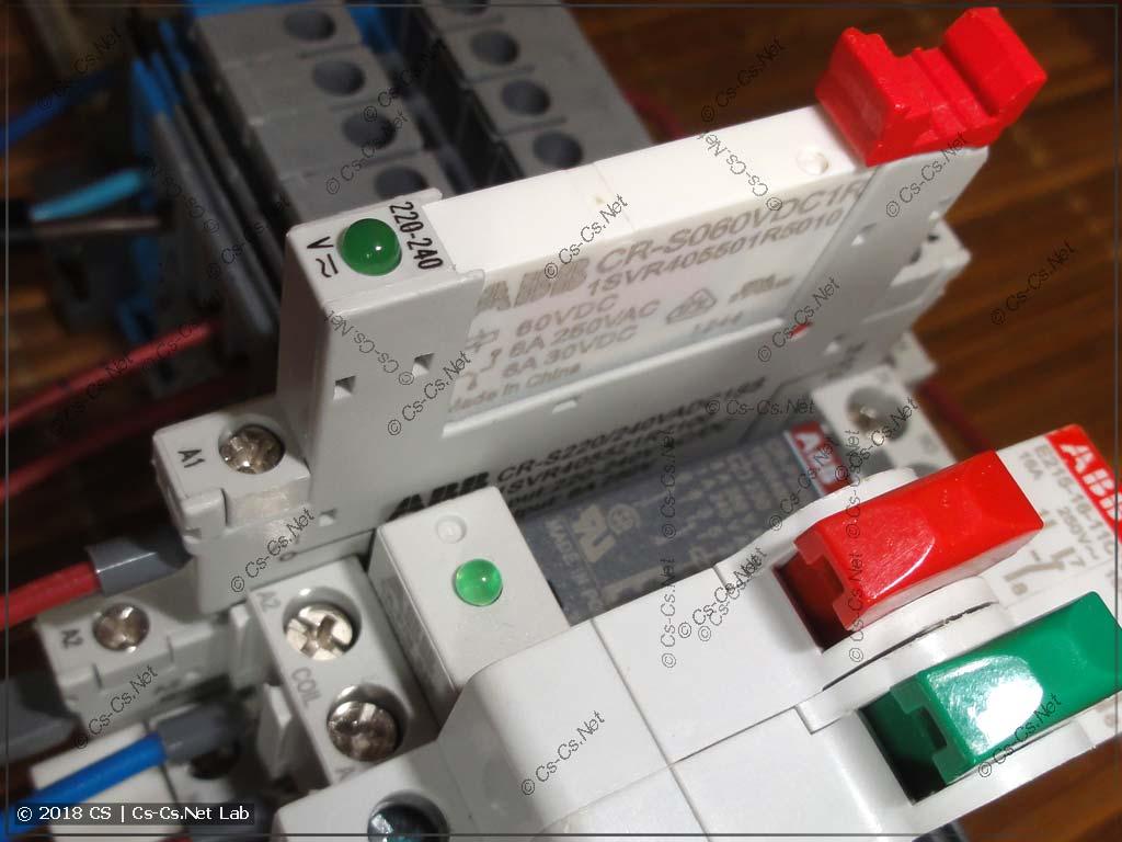Реле ABB CR-S и ABB CR-P для развязки кнопок с подсветкой