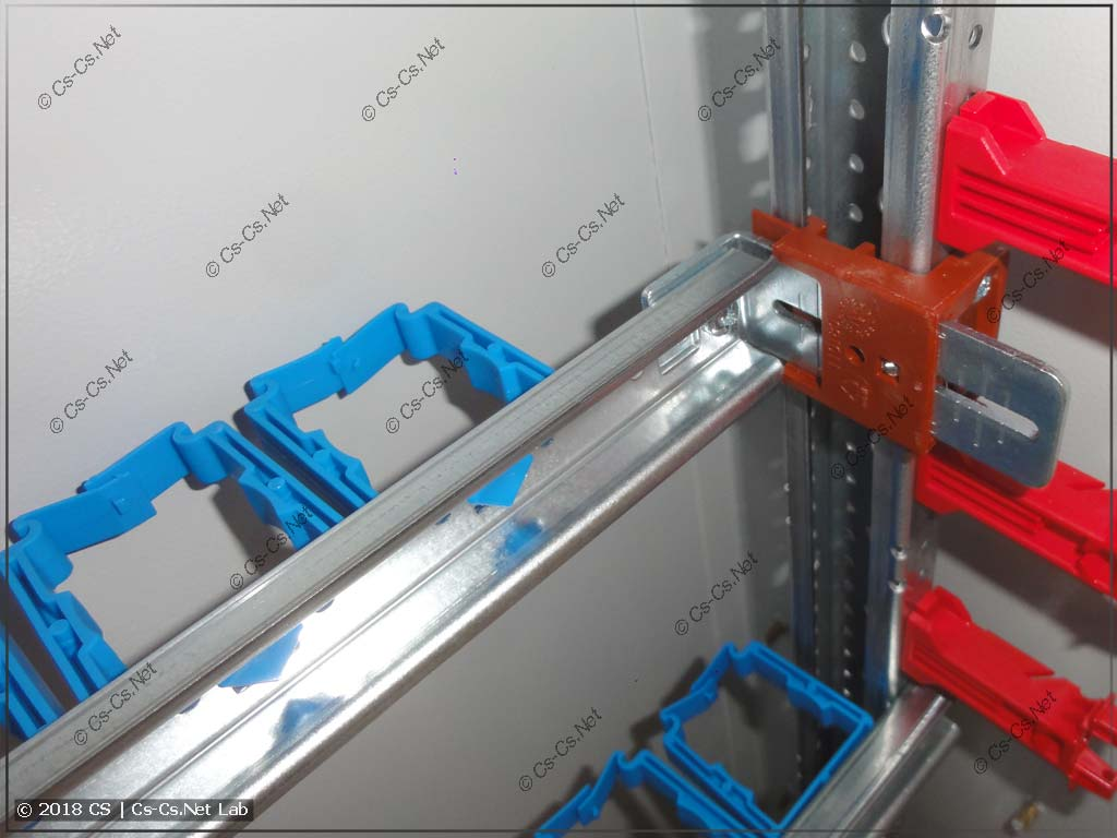 Рейка MBK в положении по умолчанию (хватает на ED45P10 сзади)