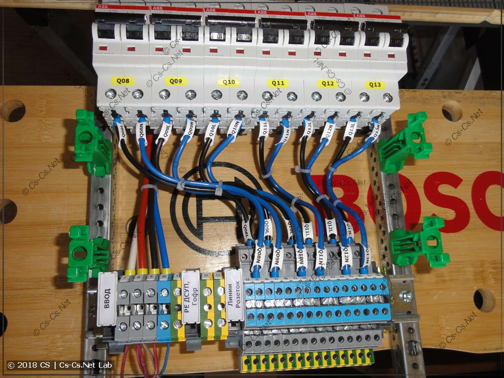 Клеммы используются для соединения кабелей без распаечных коробок