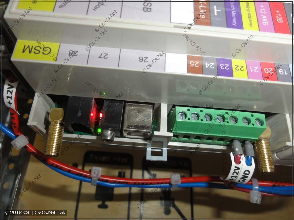 Модуль управления Zont сделан плохо в плане индикации: она находится ПОД пластроном