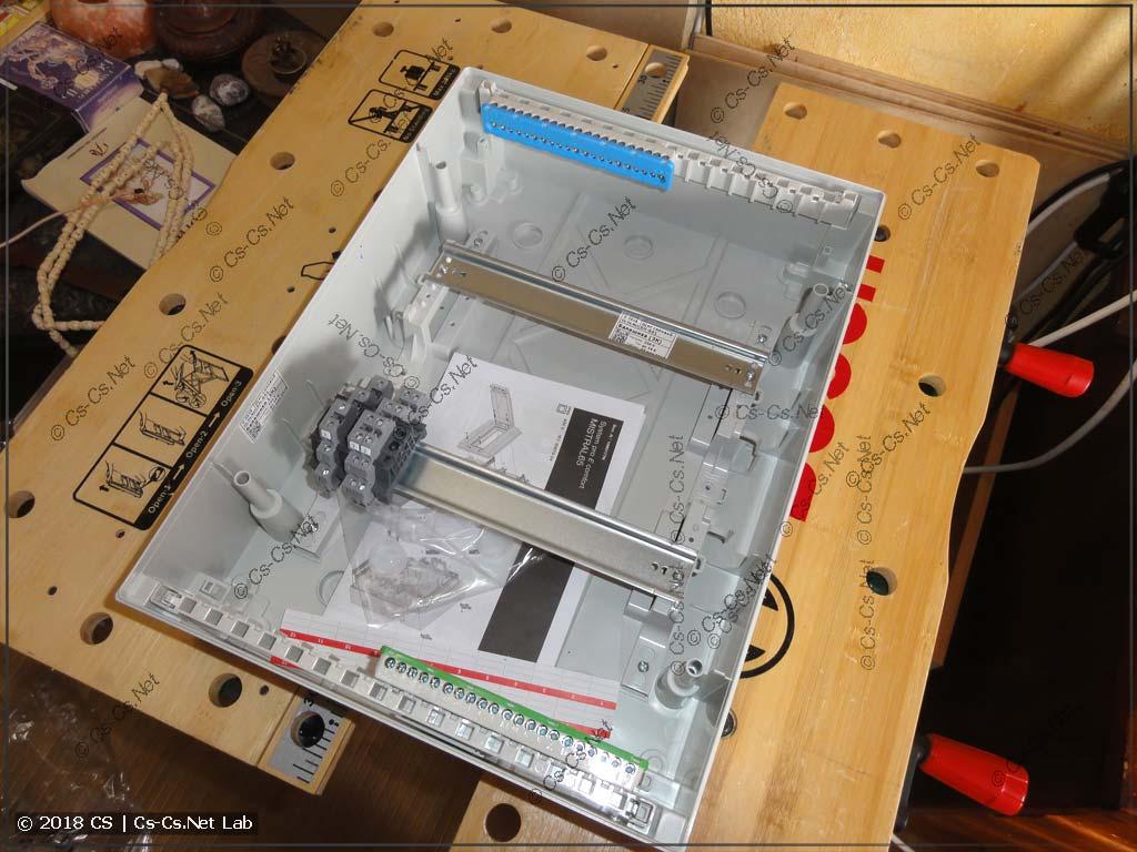 Мелкий щиток для будущей автоматики санузла