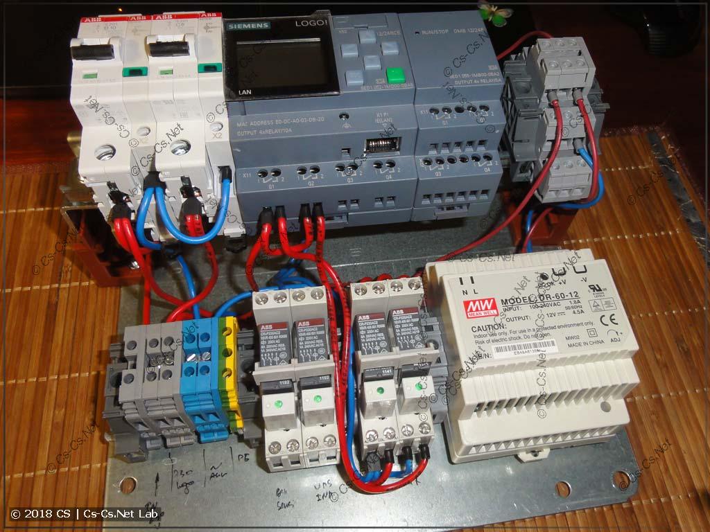 Детали IPM смонтированы на монтажной панели корпуса