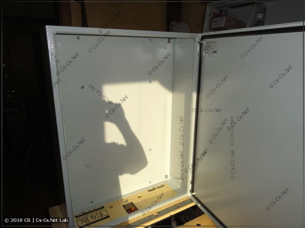 Используем для ВРУ шкаф DKC ST (R5ST0862)