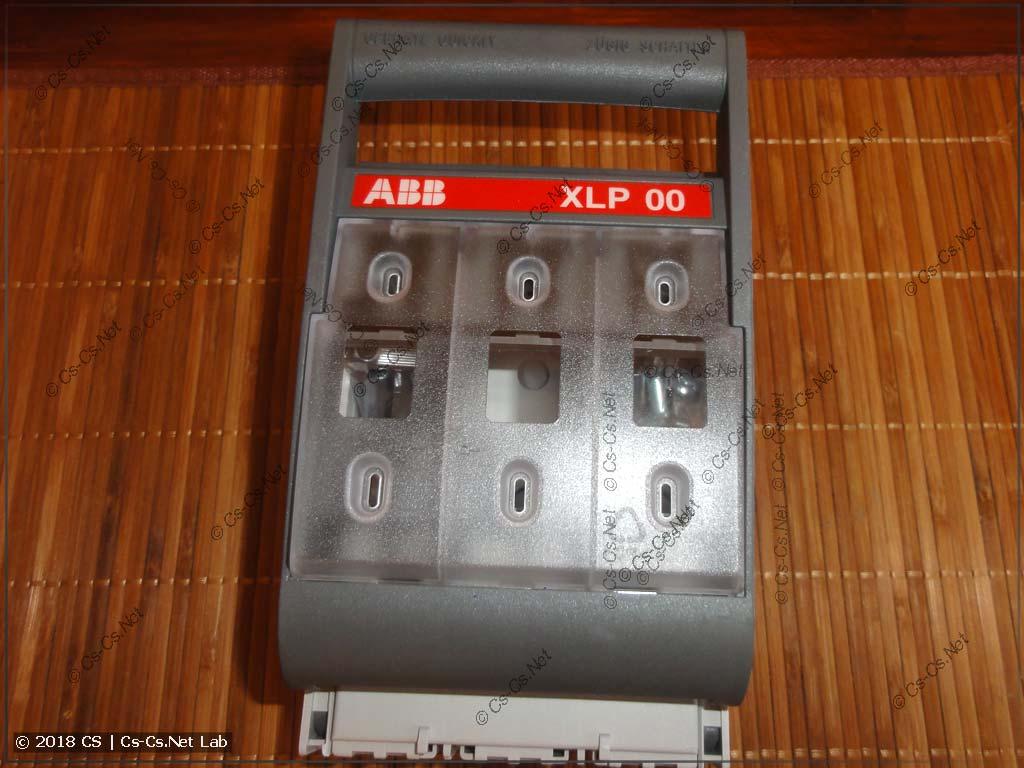 Рубильник ABB XLP размера 00 (вид спереди)