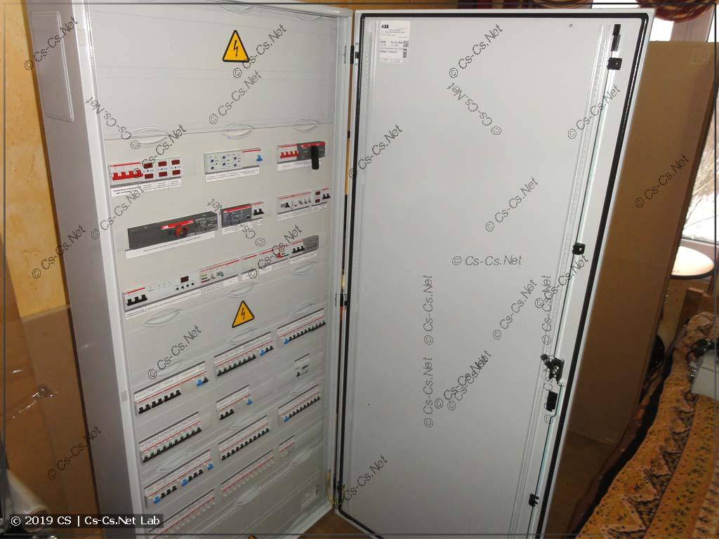 Силовой шкаф для коттеджа с IPM™ и светом на импульсных реле (Победа-2)