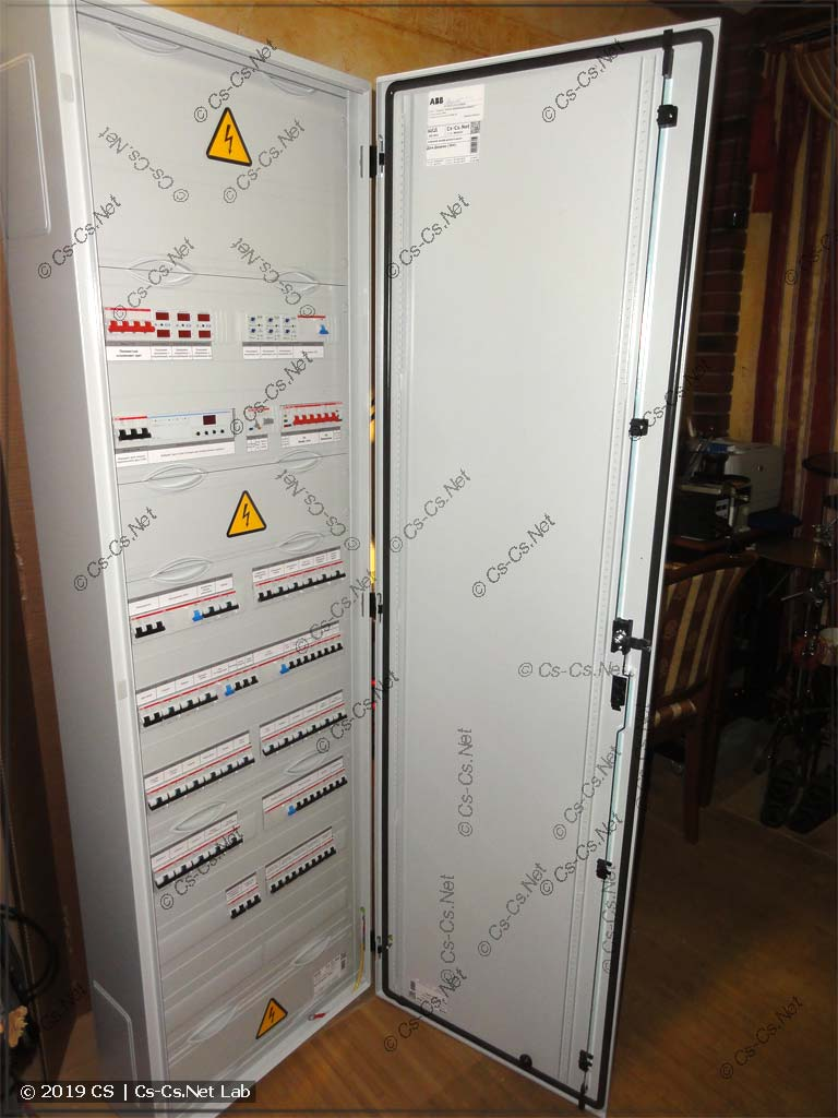 Щит в дачный дом (коттедж): Ввод сети, Инвертор, отключение всего лишнего, пока в доме никто не живёт