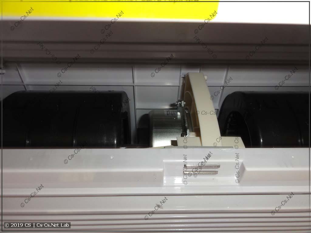 Мотор и вентилятор бризера