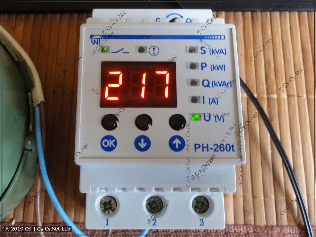 Реле НоваТек РН-260t в работе (измеряем напряжение)