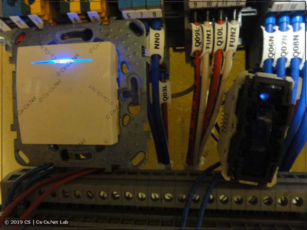 Хреновая работа кнопок со светодиодной подсветкий (UNICA)