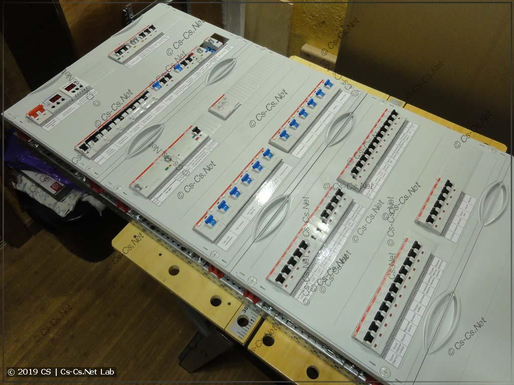 Щит готов! Традиционно пластроны и надписи модульки