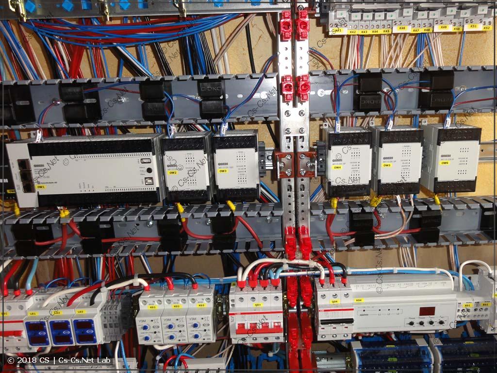 Собираем обвязку ПЛК: подаём питание и разводим RS-485 между модулями IO