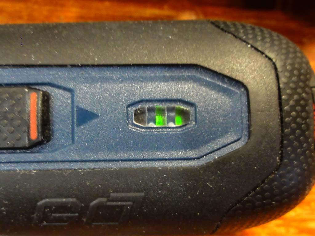 Светодиодный индикатор заряда (и самой зарядки)