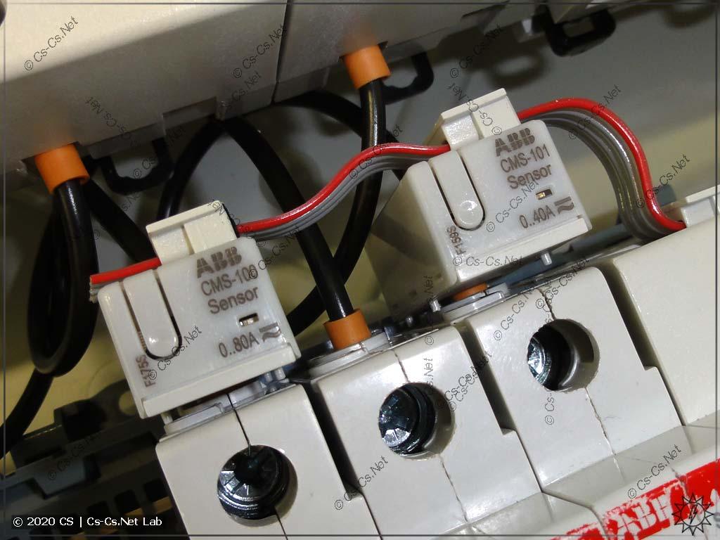 Датчики ABB CMS, установленные на автомате внутри щита
