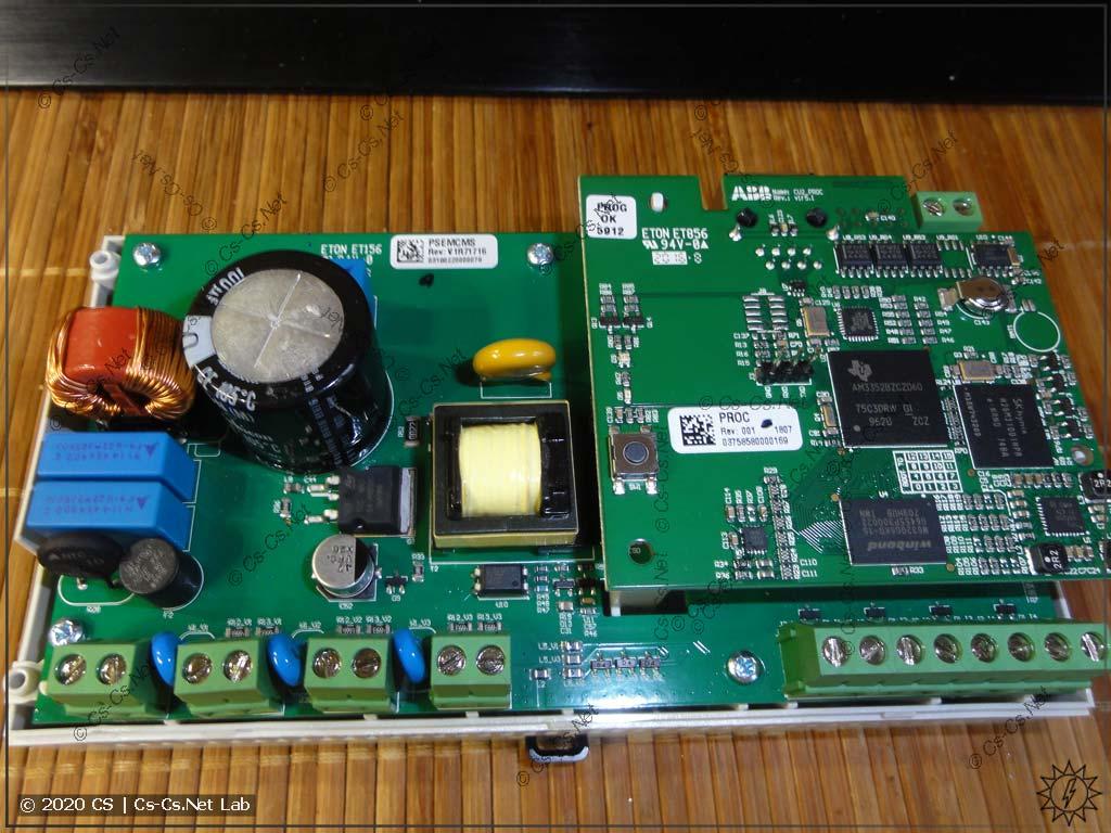 Внутренности измерительного модуля ABB CMS-700