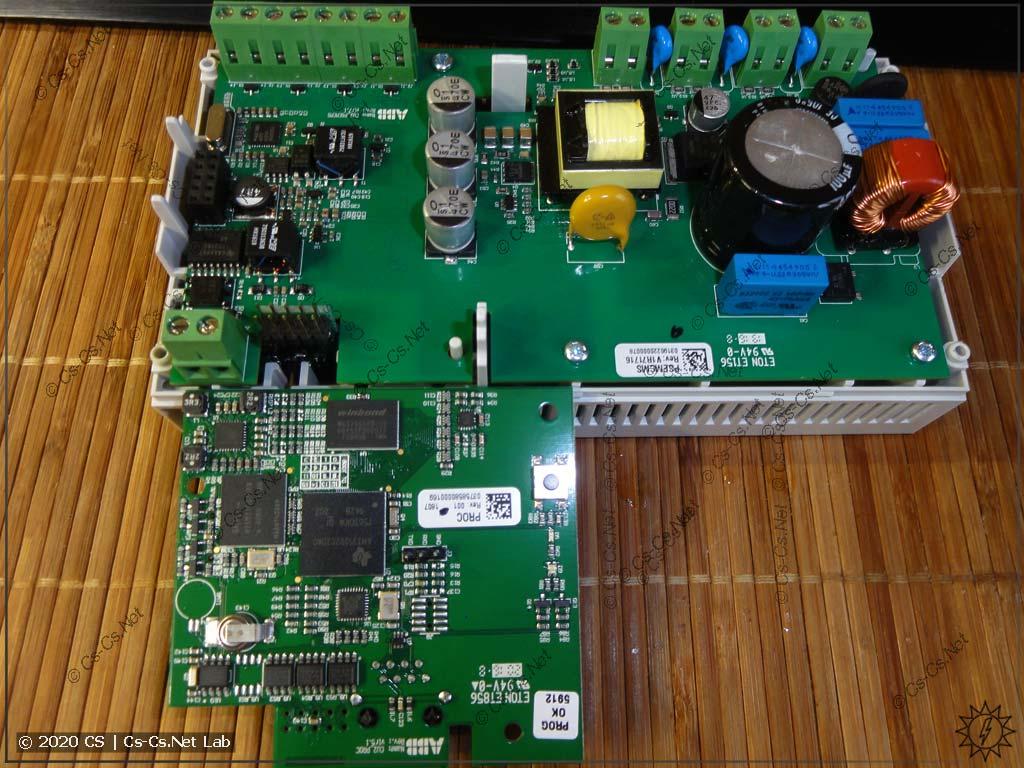 Снятая процессорная плата модуля CMS-700