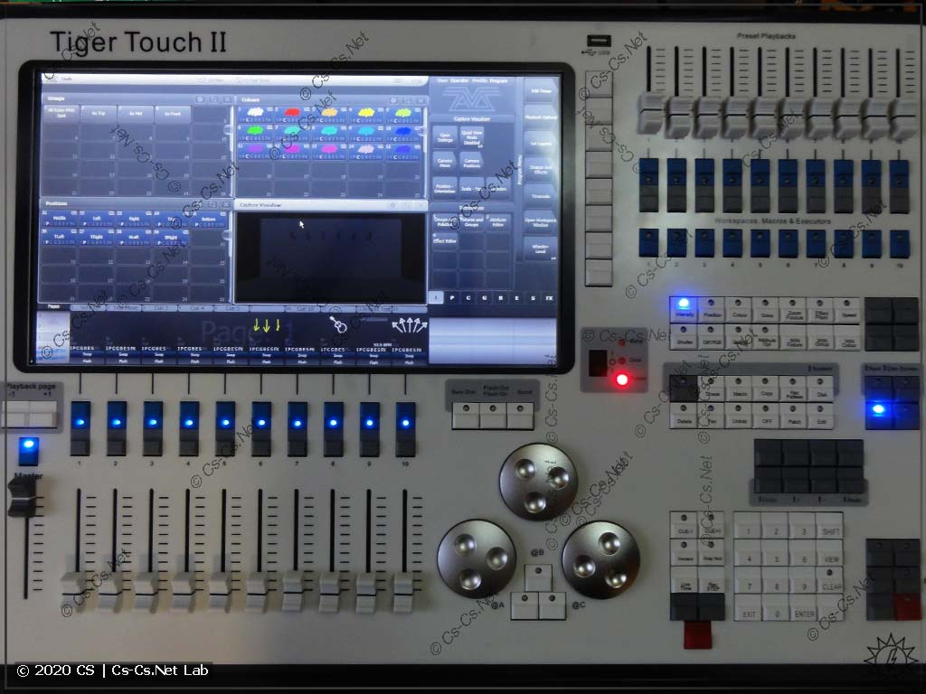 Пульт Avolites Tiger Touch II в работе