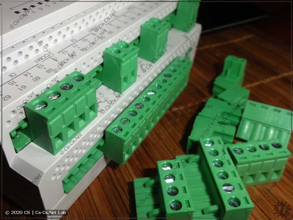 Разъёмы для подключения проводов внутри щита (съёмные)