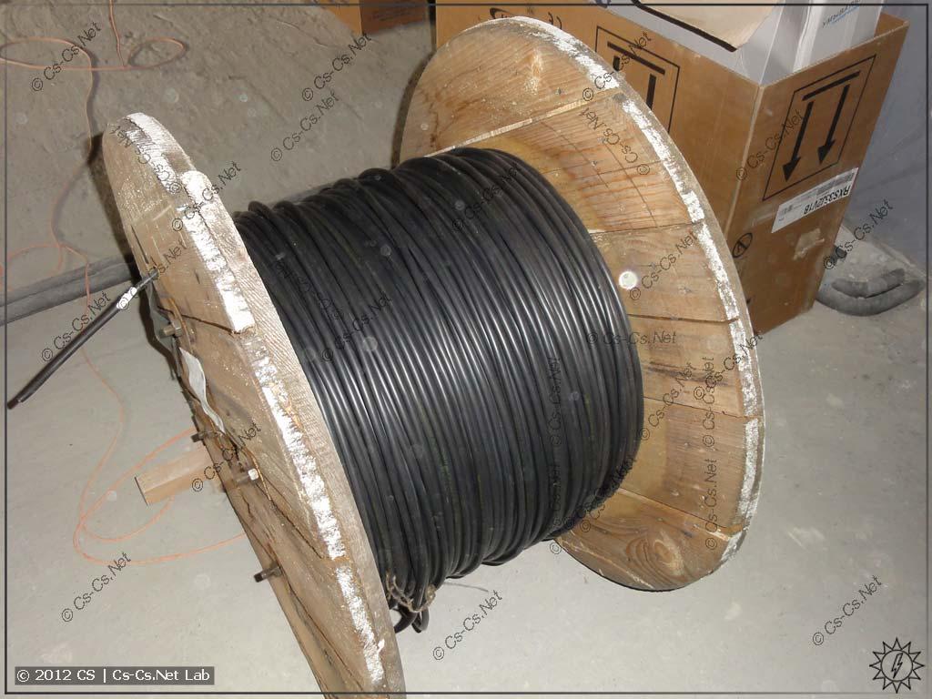 Заказчик привёз кабель в БАРАБАНАХ (Подольский Кабельный Завод)
