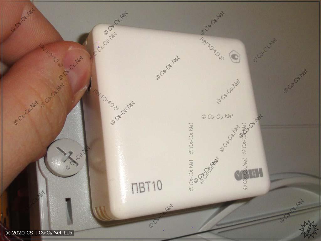 Датчик ПВТ-10 от ОВЕНа. Он меряет температуру и влажность и более точен