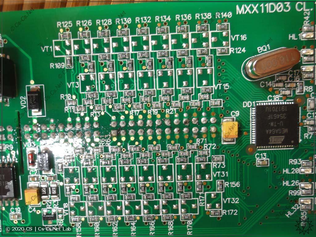 Универсальная плата модулей IO Мх110 на 32 канала: в режиме входов транзисторов нет, стоят резисторы и перемычки