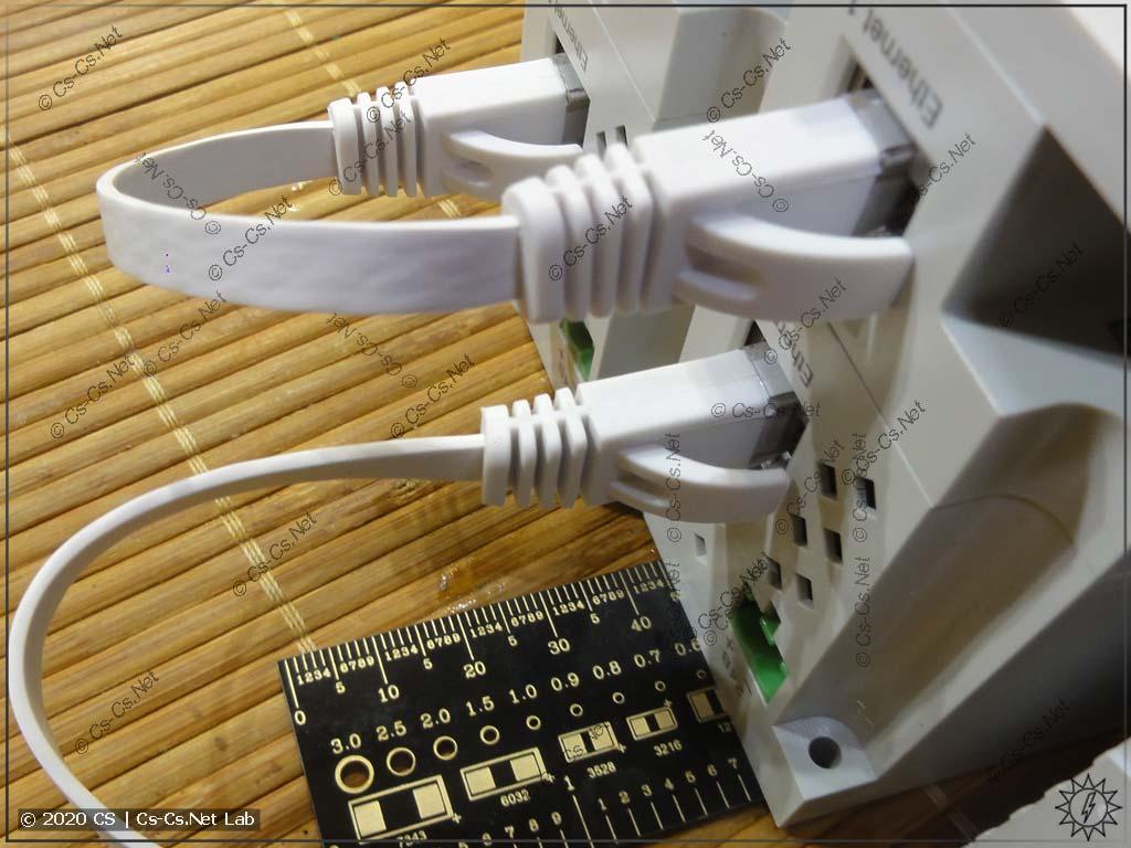 Кабели Ethernet добавляют модулям ещё больше габарита по высоте: около 40 мм