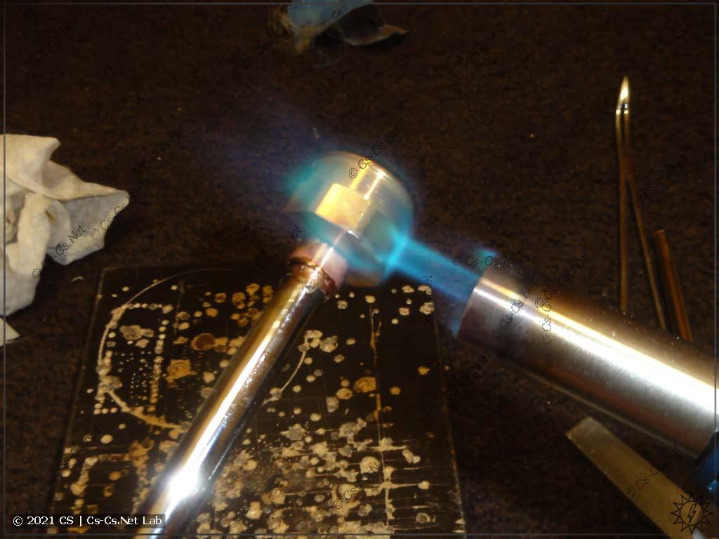 Паяем медь, чтобы сделать отводную трубку для датчиков давления ОВЕН ПД100